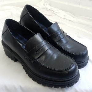Unionbay women's size 9.5 Chunky 90s Loafers Black
